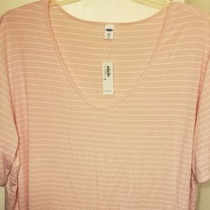 New with tags size XXL Luxe top from Old Navy.